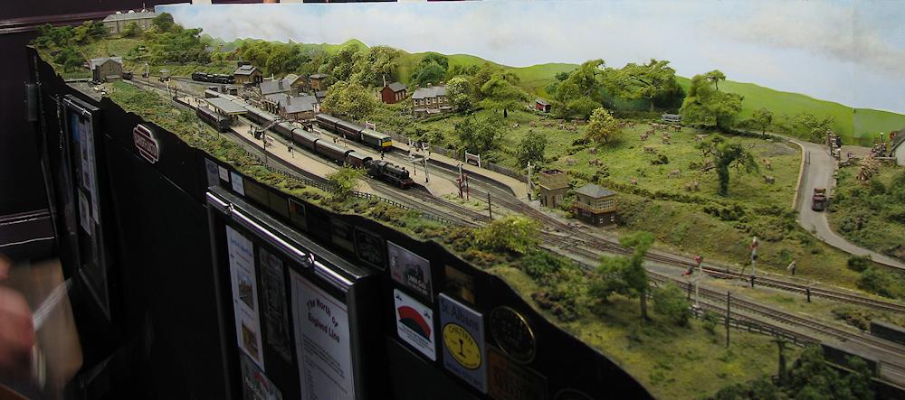 Keighley Model Railway Show 2015-03-21%2014.08.15_zpsjqj9xbze
