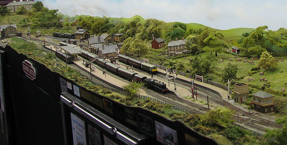 Keighley Model Railway Show 2015-03-21%2014.08.15a_zpshdizygvv