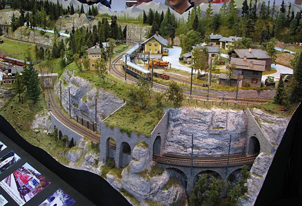 Warrington model railway exhibition. IMG_2784_zpse42e06c3