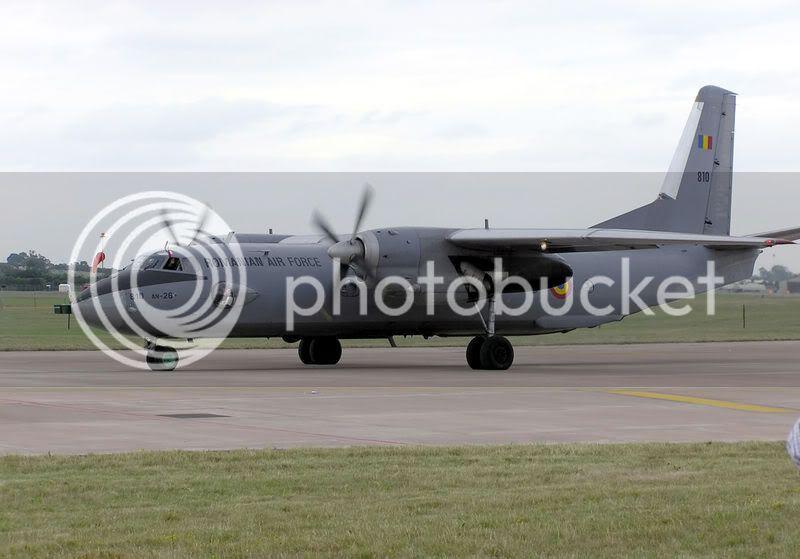 Quân đội các nước Châu Âu 800px-Antonovan26fairfordarp1