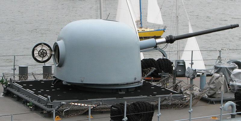Quân đội các nước Châu Âu 800px-F218_Mecklenburg-Vorpommern_B