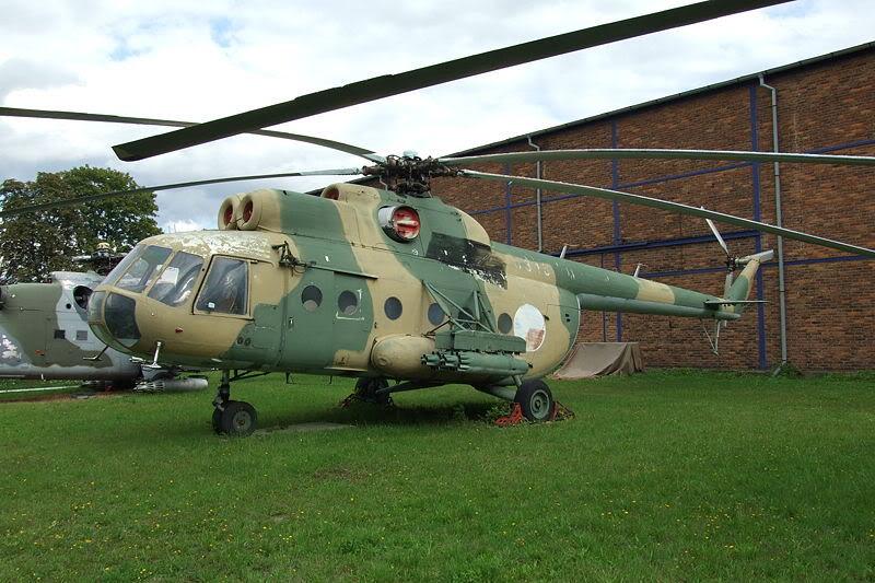 Trực thăng không quân nhân dân Việt Nam 800px-Mi-8-JH011