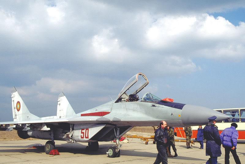 Quân đội các nước Châu Âu 800px-MiG-29A50RO1