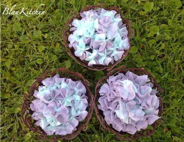 Tutorial Cupcakes III y Cupcakes Hortensia 14052011943