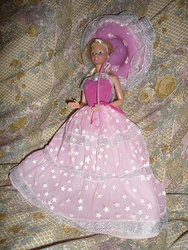 CERCO Poochie, Iridella, Barbie, Barbapapà, Isidoro, Sanrio, Mulino Bianco Barbie