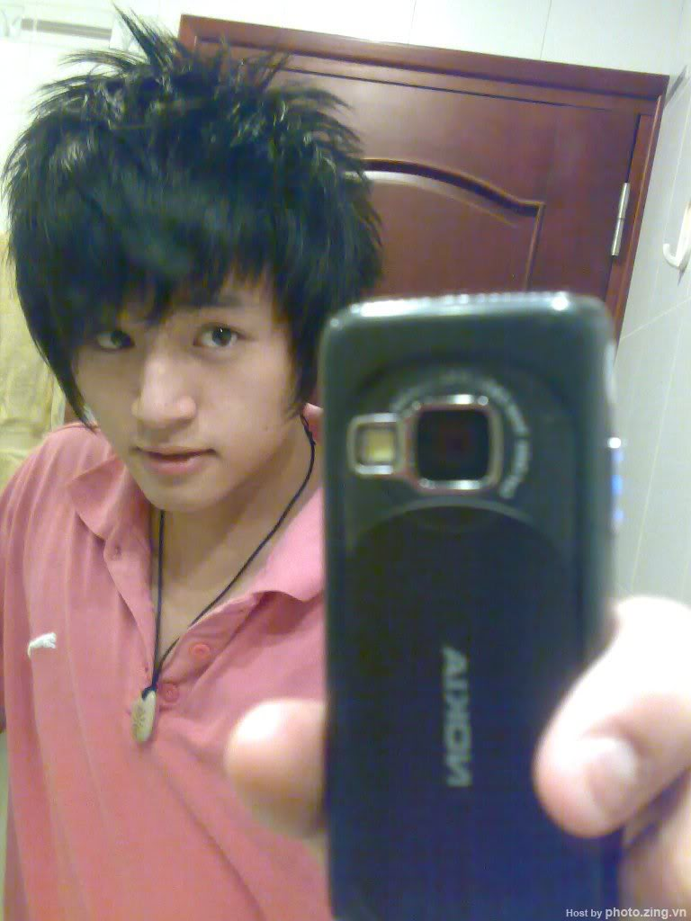 tóc emo boy, đẹp mê li.....:)) 7d0ec503b2373f44272e1bb9c54e72e5