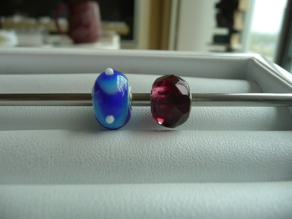Finally Pics of beads I got at Trollfest + prism/ring combo P1020387