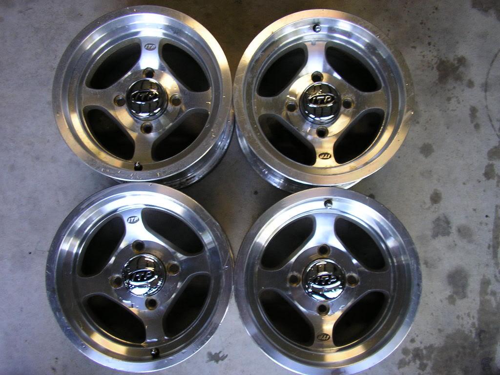 ITP Type 5 aluminum wheels, more stuff added Rhino041