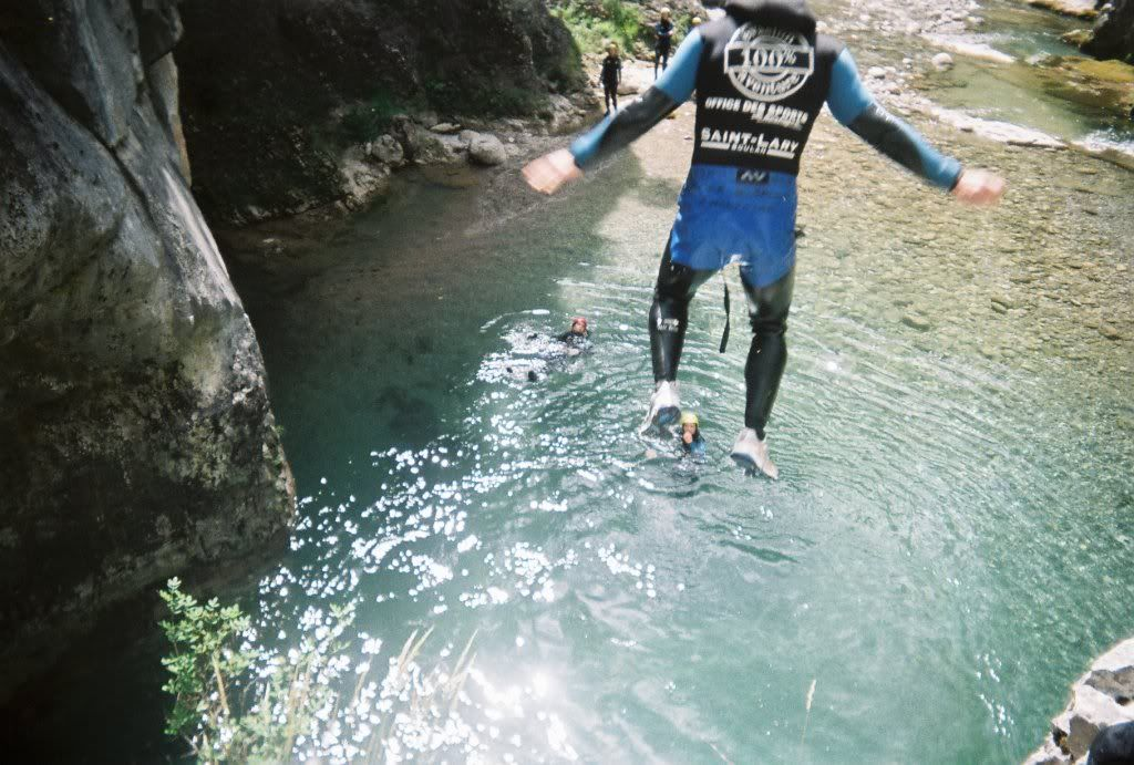 WEEK END CANYONING B000011