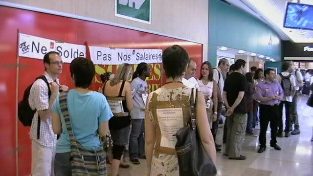 petite grève à la PART DIEU ! IMGA0451