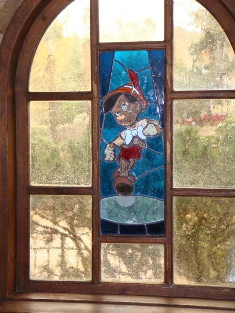 Au Chalet De La Marionnette (carte à jour p.11) - Page 3 DSC00483