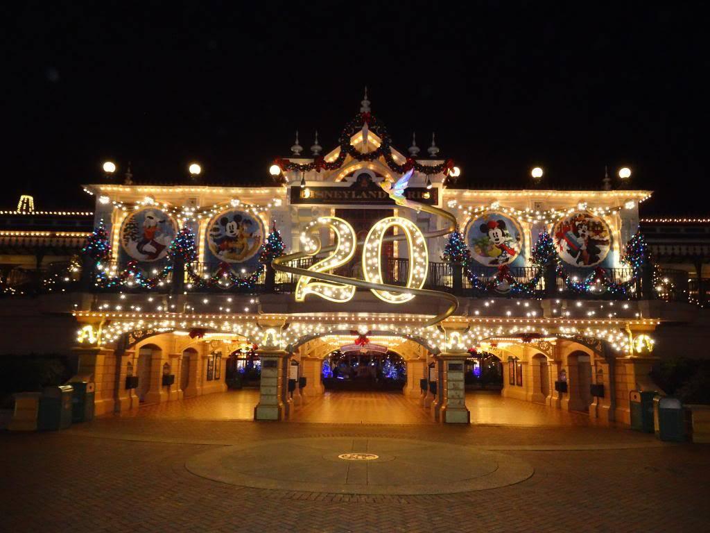 Notre Journée pour le Noël des 20 ans... - Page 5 DSC01874_zpsb39ebe33