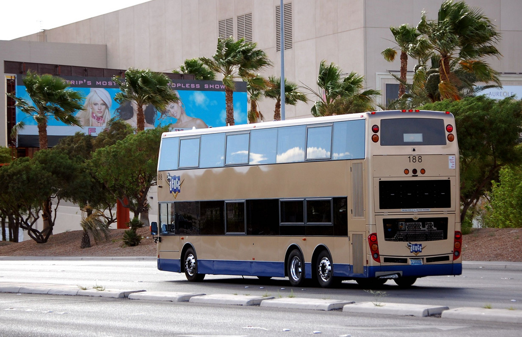 Buses in your hometown - Seite 4 7-11-20112-21-08AM