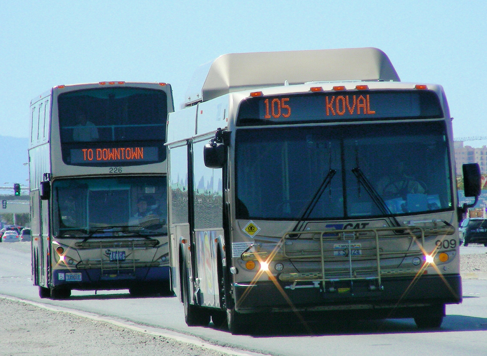 Buses in your hometown - Seite 4 7-11-20112-25-27AM
