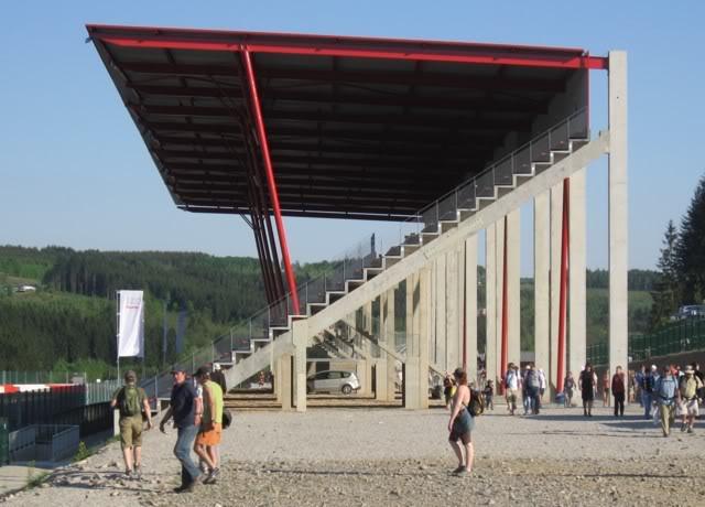 SPA BLST : La Déco Grandstand06s