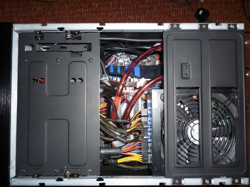Thermaltake Lanbox HT Watercooled, Extremely modified. 0015