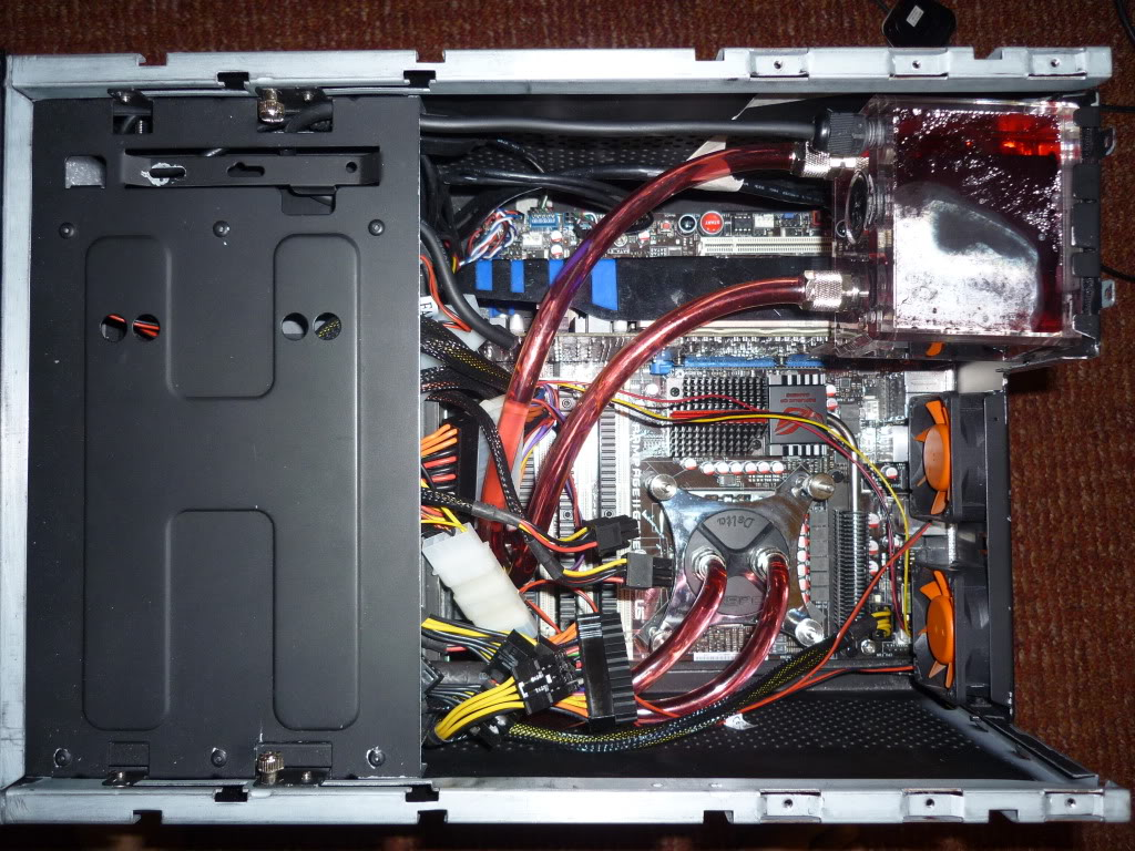 Thermaltake Lanbox HT Watercooled, Extremely modified. 0016