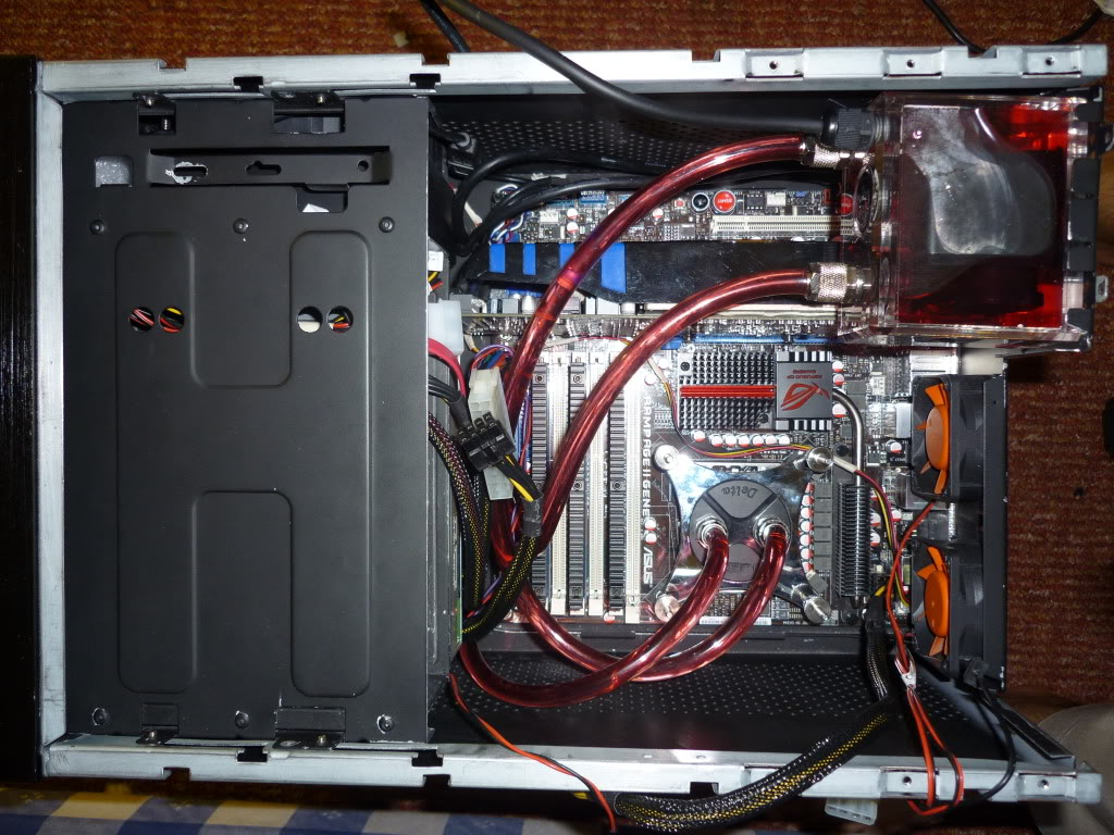 Thermaltake Lanbox HT Watercooled, Extremely modified. 0027