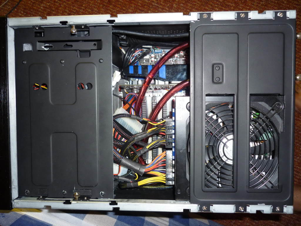 Thermaltake Lanbox HT Watercooled, Extremely modified. 0028