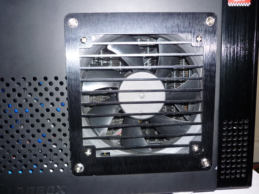 Thermaltake Lanbox HT Watercooled, Extremely modified. 0041
