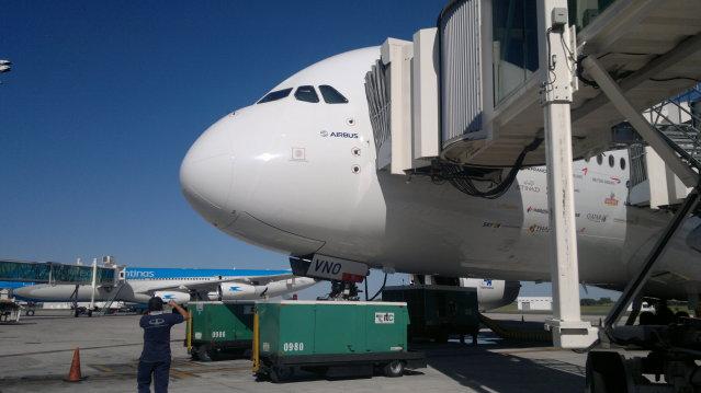 AIRBUS A380 WORLD TOUR - BUENOS AIRES, FOTOS EXCLUSIVAS 2012-03-30-651