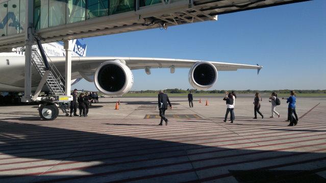 AIRBUS A380 WORLD TOUR - BUENOS AIRES, FOTOS EXCLUSIVAS 2012-03-30-701