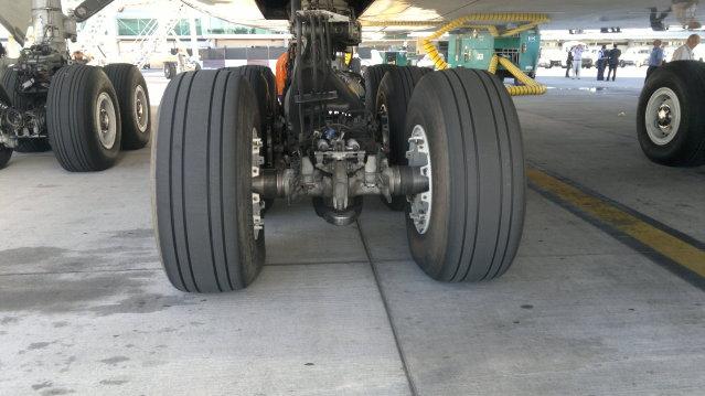AIRBUS A380 WORLD TOUR - BUENOS AIRES, FOTOS EXCLUSIVAS 2012-03-30-703
