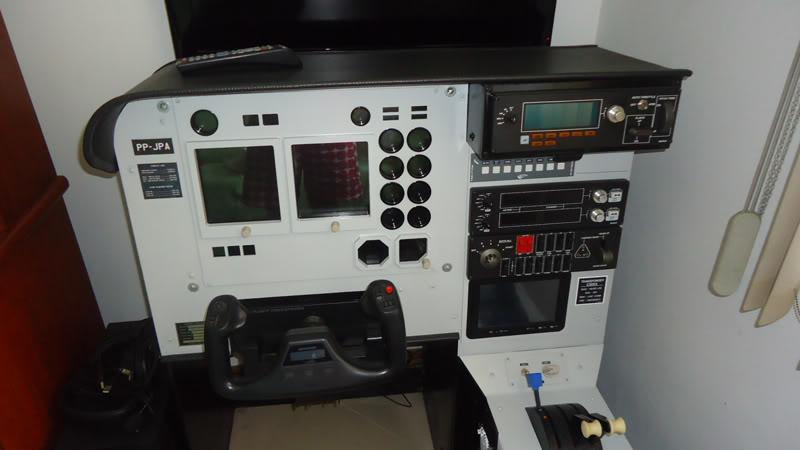 Meu cockpit genérico - Página 4 DSC00275