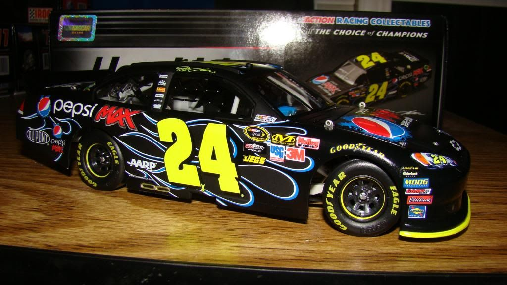The Diecast/Hero Card/Other Memorobilia Thread - Page 7 DSC06725_zps8981d7bd
