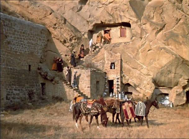 The Legend of Suram Fortress (1986) Ambavi Suramis tsikhitsa Snapshot20090203162723