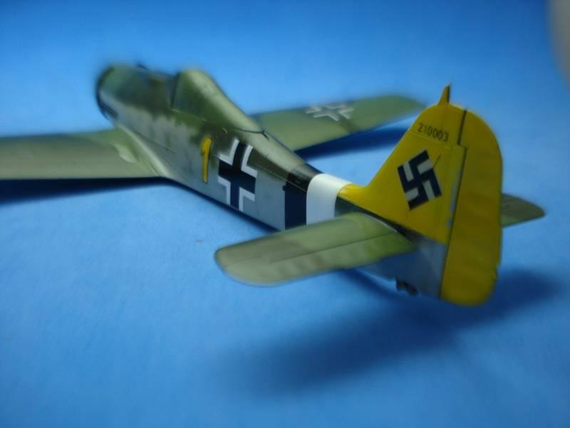 Fw-190 D-9 Hobby Boss 136_zpsjfevimg5