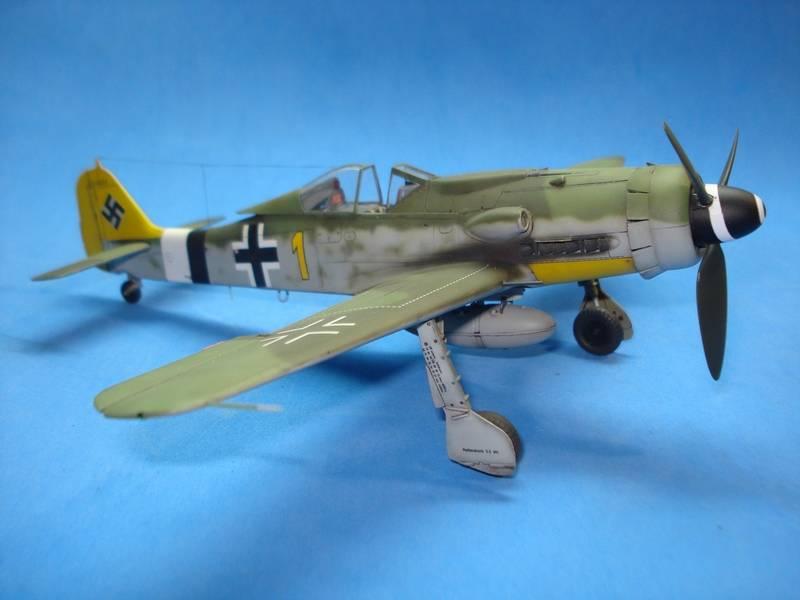 Fw-190 D-9 Hobby Boss 172_zpsitfaxkwi