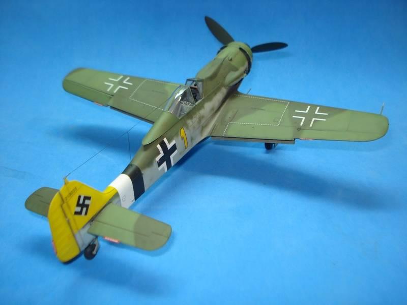 Fw-190 D-9 Hobby Boss 176_zpspzn6enwd