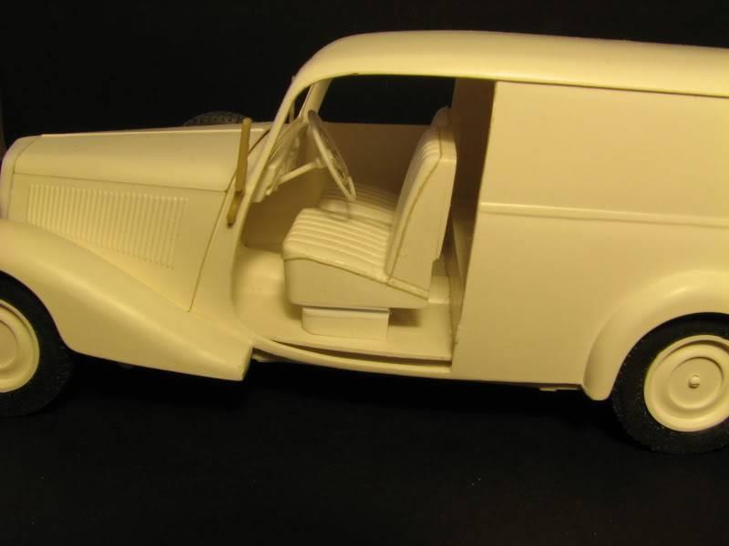 Maquette mercedes 170V Lieferwagen Photo005-11