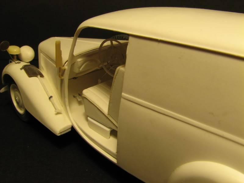 Maquette mercedes 170V Lieferwagen Photo010-4