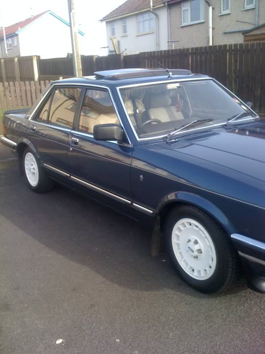 my 2.8i ghia x executive Granny1