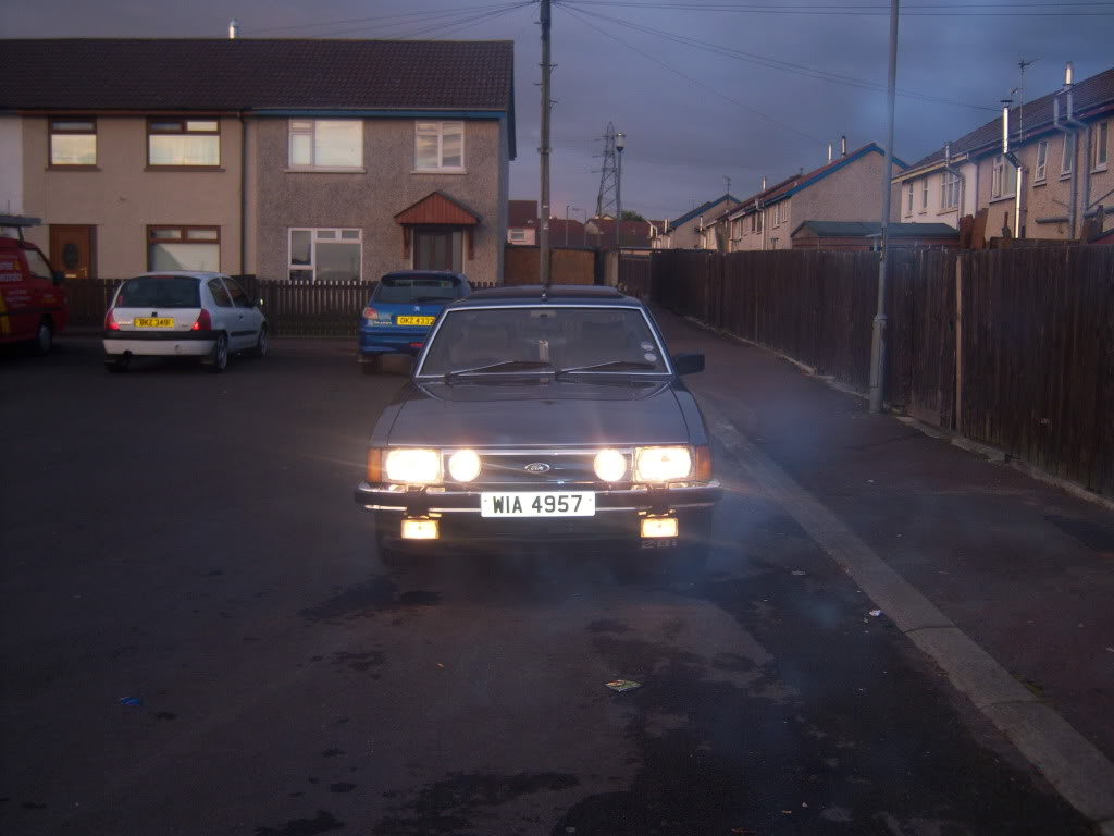 my 2.8i ghia x executive Mk2granniejune2010002