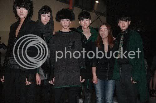 [PICS] HyungSik modelando en la pasarela Image114