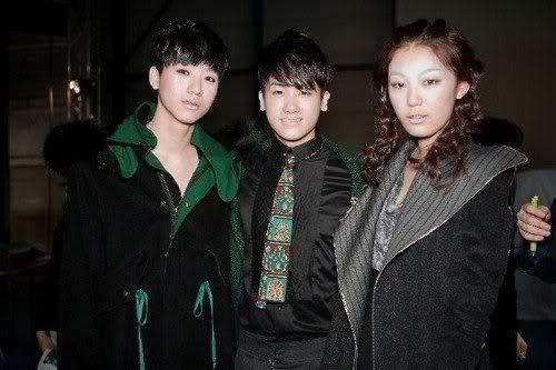 [PICS] HyungSik modelando en la pasarela Image118