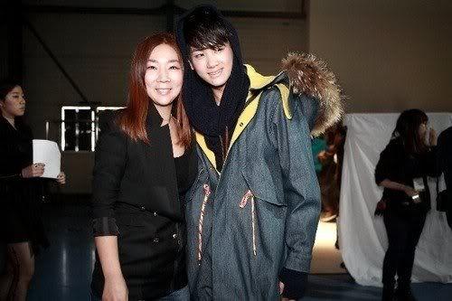 [PICS] HyungSik modelando en la pasarela Image119