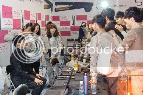 [PICS] HyungSik modelando en la pasarela Image125