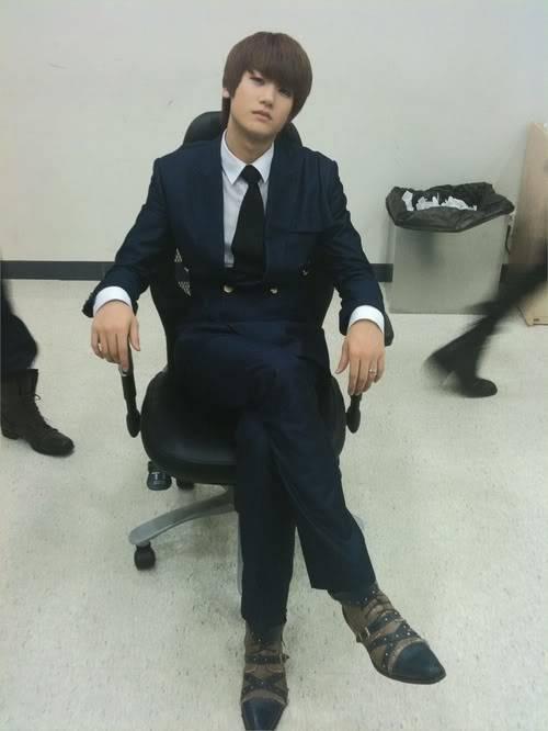 [GALERIA] HyungSik Tumblr_kyi6zdYhLb1qaahv5o1_500