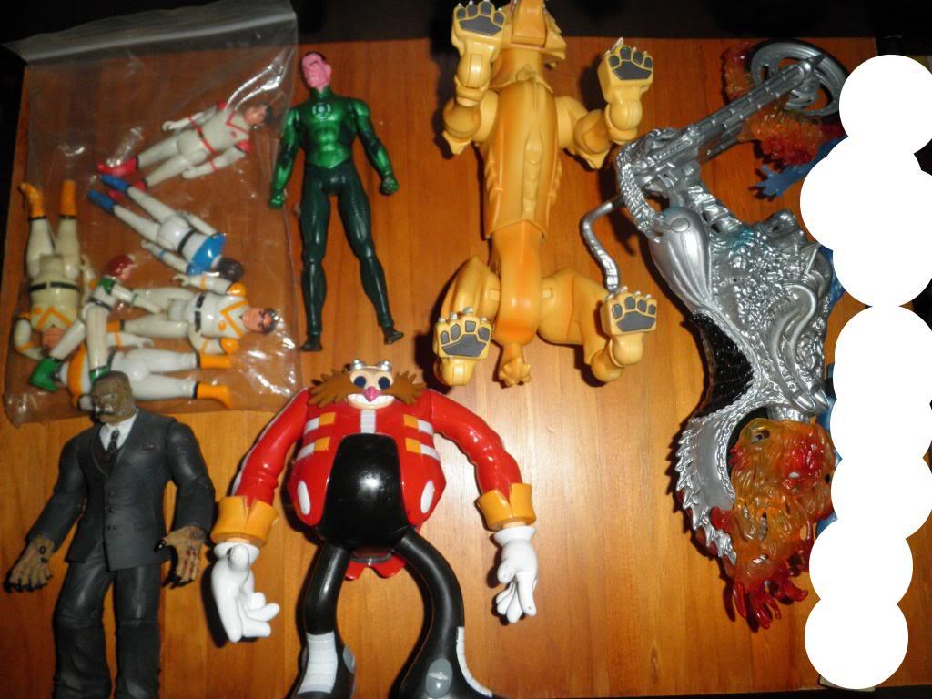 H: ML, DCUC.  W: ML Hand Ninjas, Moonstone Figures22
