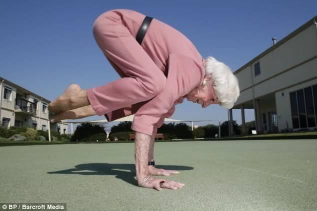 Yoga photo: Yoga Lady y3.jpg