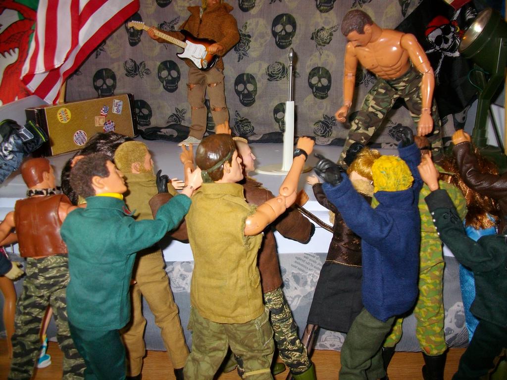 Kurt Cobain bash 7_zpsksqejuzj
