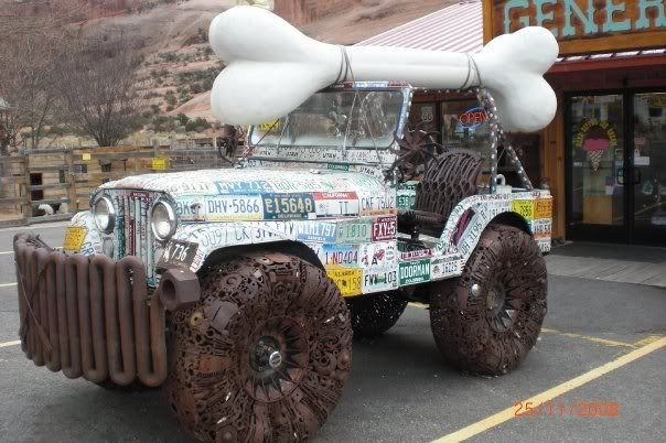 ce qu`on appel ``art car``!!! N756621418_1702362_8222-1