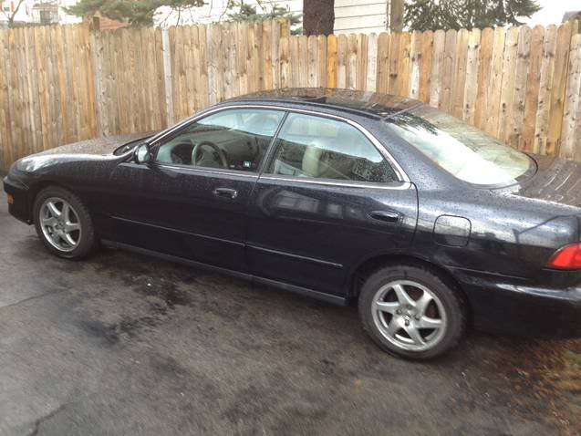 Clean 4Dr Acura Integra Gsr's for sale....Low mileage!!! VIRGINS!!! Tn3-1