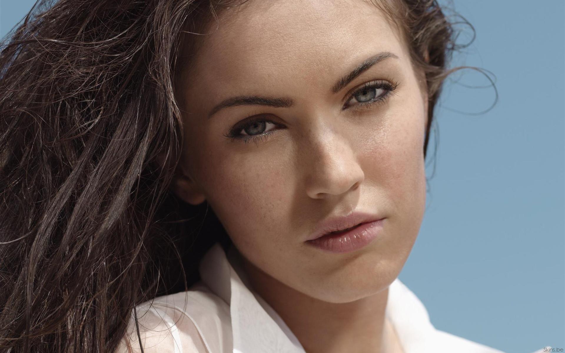 Megan Fox/მეგან ფოქსი Bb0c7fcbba2e5fd517fbe31fa6dbc27c