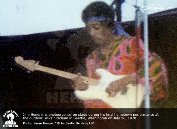 Seattle (Sicks Stadium) : 26 juillet 1970   9ec1569a7082a7c61b6625520f52af28
