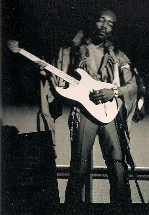 Dallas (Memorial Auditorium) : 20 avril 1969 C3b9704d13811422fac5e632c201f628